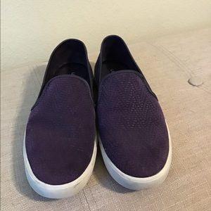 Under Armour sneakers slides flats 8 euc purple